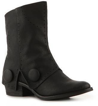 Not Rated William Bootie