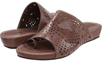 Bernardo Lux Living (Mink) - Footwear