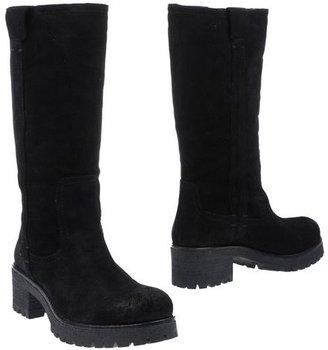 Julie Dee High-heeled boots