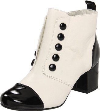 BC Footwear Women's Piece Of Cake Bootie