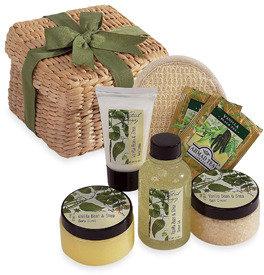 Bed Bath & Beyond Renew-You Spa Gift Basket