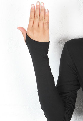 Feel The Piece Viper Long Sleeve V Neck Top in Black