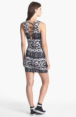 Soprano Crossback Print Body-Con Dress (Juniors)