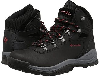 Columbia Newton Ridge Plus (Black/Poppy Red) Women's Hiking Boots