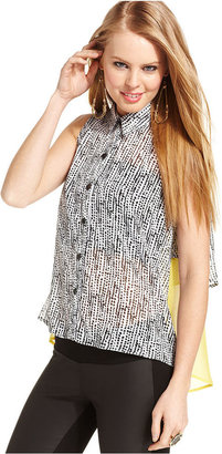 Amy Byer BCX Juniors Top, Sleeveless Printed Tiered High-Low