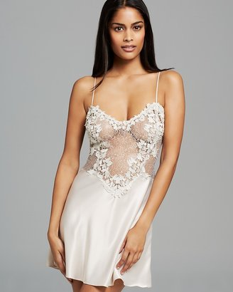 Flora Nikrooz Showstopper Chemise $112 thestylecure.com