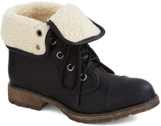 Logging Miles Boot in Black