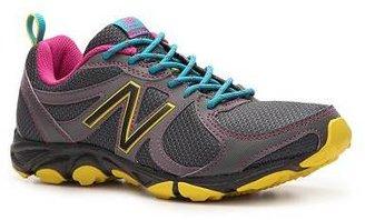 New Balance 320 Lightweight Trail Running Shoe - Womens