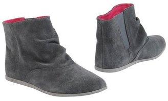 Gravis Ankle boots