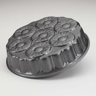 Nordicware Nonstick Pineapple Upside Down Cake Pan