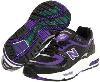New Balance M2000 (Black/Purple Synthetic/Mesh) - Footwear