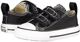 Converse Chuck Taylor(r) 2V Ox (Infant/Toddler) (Black) Kids Shoes