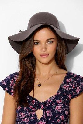UO Christys' Hats Christys' Hats Sarah Floppy Hat