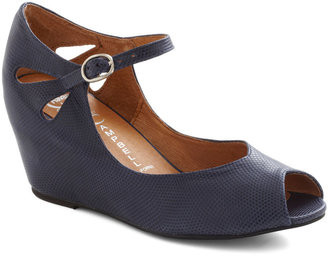 Jeffrey Campbell Hello Darling Wedge in Navy