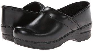 Dansko Professional (Black Oiled) - Footwear