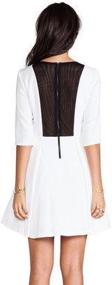 Alice + Olivia Zoisa 3/4 Sleeve Pleated Flare Dress