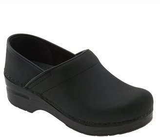 Dansko 'Professional - Narrow' Oiled Leather Clog