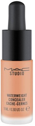 M·A·C MAC Studio Waterweight Concealer - Colour Nw35