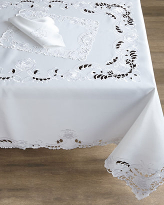Horchow French Laundry Home Yvette Table Linens