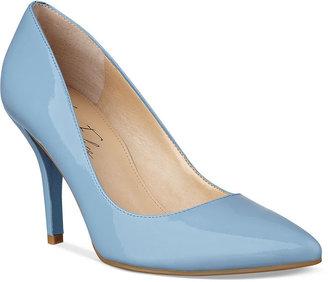 Marc Fisher Shoes, Jubalen Pumps