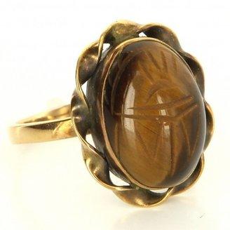 very good (VG) Vintage 14 Karat Yellow Gold Tigers Eye Scarab Cocktail Ring