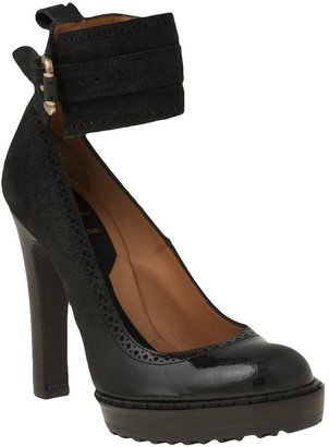 McQ by Alexander McQueen Cut Away Pump
