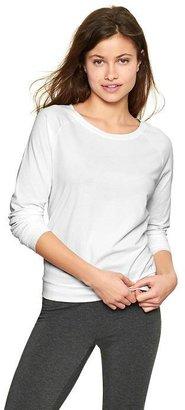 Gap Pure Body raglan pullover