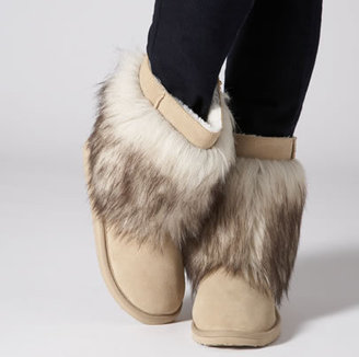 American Eagle AE Warm & Fuzzy Boot