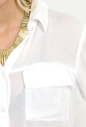 Sarah Jessica Parker Bella Dahl Patch Pocket Button Down Shirt in White as Seen On Jessica Alba, Sarah Jessica Parker, and Alessandra Ambrosio