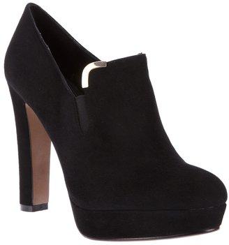 Lola Cruz shoe boot