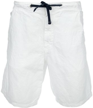 Fred Perry straight leg short