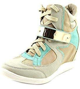 Wanted Women's Beacon Fashion Sneaker