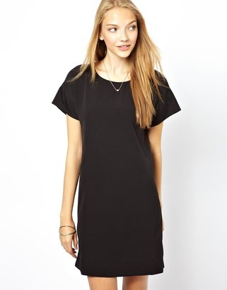 Vero Moda Zip Open Back Shift Dress