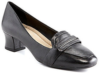 Michelle D Lulu Loafer Pumps