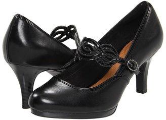 Clarks Tempt Allure (Black Leather) - Footwear