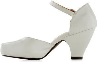 Chelsea Crew Fashionable Focus Heel in Mist