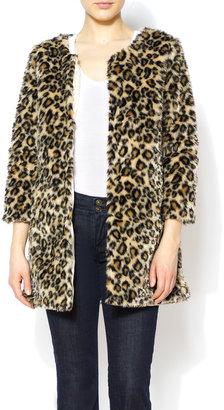 Love Point Faux Fur Lepoard Coat
