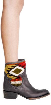 Steve Madden Freebird By Steven Caballero Short Boot in 2 Colors -