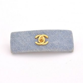 Chanel excellent (EX) Vintage Light Blue Denim CC Barrette Hair Clip