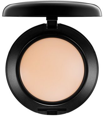 MAC Mineralize Foundation - Nc15 $38 thestylecure.com