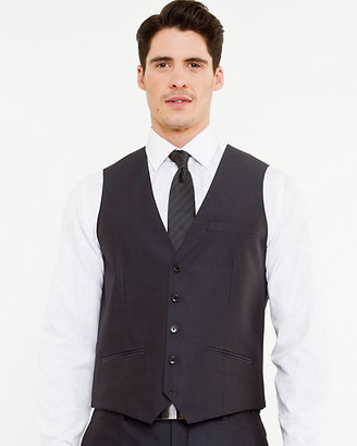 Le Château Herringbone Contemporary Fit Vest