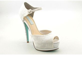 Betsey Johnson Blue by Women's Veil Pump