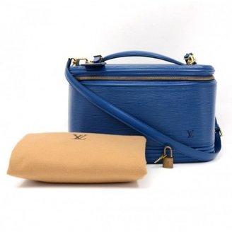 Louis Vuitton excellent (EX Blue Epi Leather Nice Beauty Travel Case + Strap