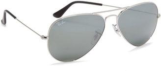 Ray-Ban Mirrored Original Aviator Sunglasses $175 thestylecure.com