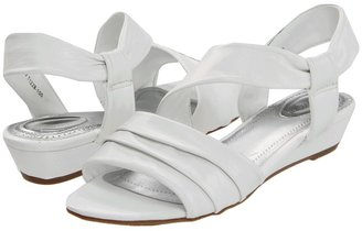 Trotters Cindy (White) - Footwear