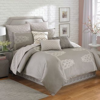 Laundry by Shelli Segal Zoe Coverlet