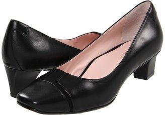 Taryn Rose Chrissie (Black Waxy Goat Stretch) - Footwear