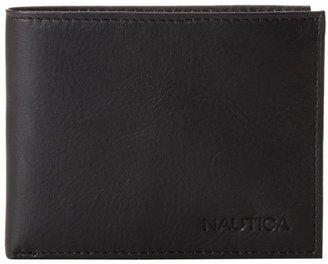 Nautica Men's Pennant Passcase Wallet