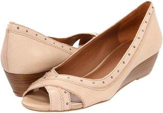 Lucky Brand Frankie (Peach) - Footwear