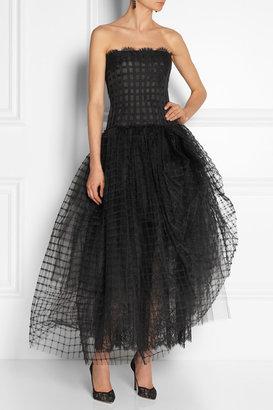 Oscar de la Renta Lace and tulle gown